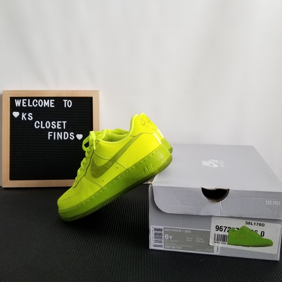 Nike Air Force 1 Neon Volt Yellow 6Y/7.5 Women's